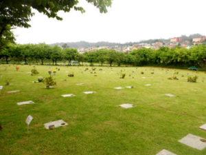coroa de flores cemitério vale dos pinheirais